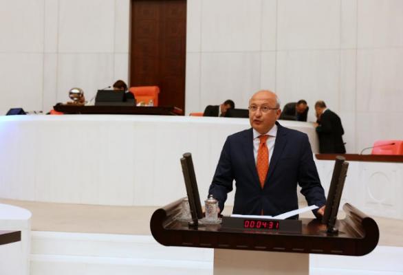 'Ömürlük büyükelçilik ünvanı' düzenlemesine CHP'den tepki
