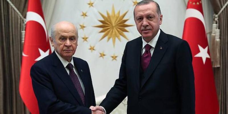 Anketlerde gerileyen AKP ve MHP, yaklaşık 20 ilde iş birliği yapacak