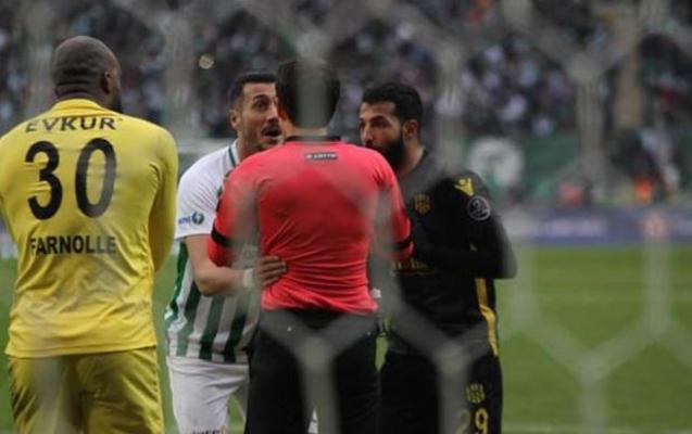Jahovic, Yeni Malatyaspor kalecisini ısırdı!