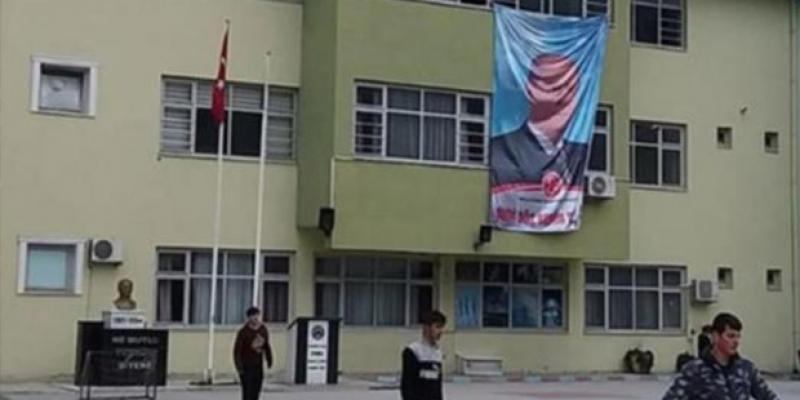 AKP ve MHP siyaseti okullara taşıdı, MEB sessiz kaldı