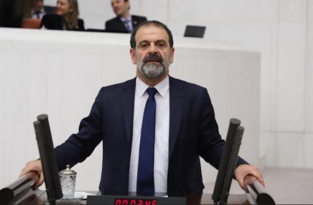 HDP'nin Alevi, Hristiyan ve Yahudi öğrencilerin mağduriyetine ilişkin soru önergesine cevap gelmedi