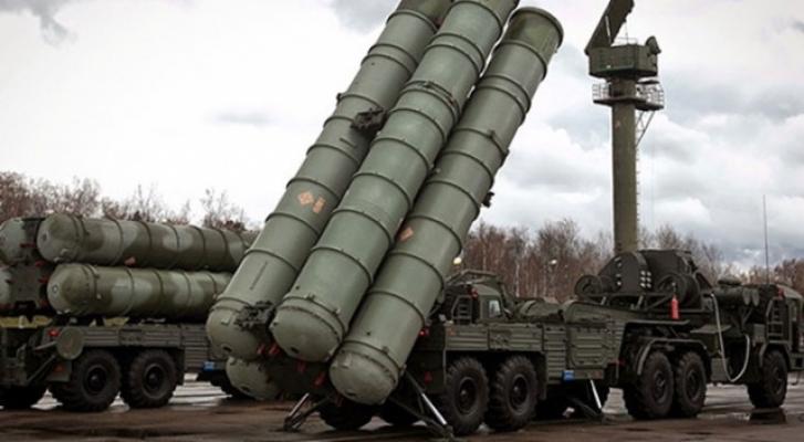 Çavuşoğlu: Rusya teslimata hazır olduğu an S-400'leri alacağız