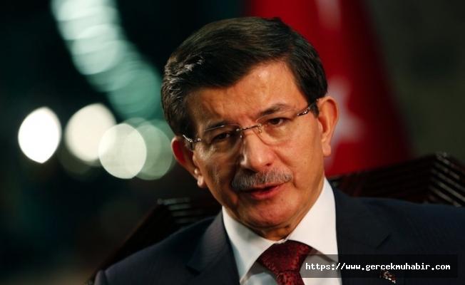 Davutoğlu'ndan AKP'lilere: İktidar kaybedilir yeniden kazanılır, konuşmaktan korkmayın