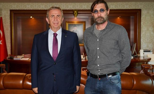 Erdal Beşikçioğlu, Ankara Büyükşehir Belediye Başkanı Mansur Yavaş'ı ziyaret etti