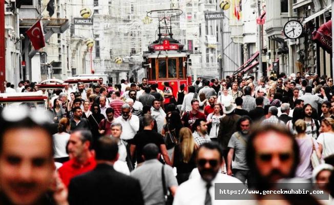 """Ertuğrul Özkök: """"Türkiye artık yüzde 99'u Müslüman olan bir ülke değil"""""""