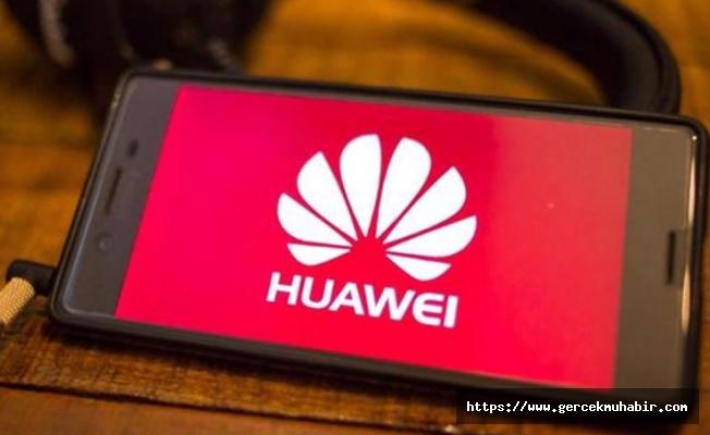 Huawei'ye bir darbe de Microsoft'tan!