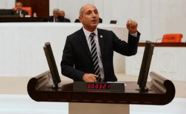 """Öztunç Konuştu, AKP Sıraları Tutuştu: """"İnanmayın, Bunların Seçimden Öncesi ve Seçimden Sonrası Vardır!"""""""