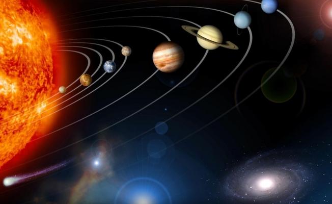 Saat yönünde dönen tek gezegen hangisidir? (Az kişi tarafından bilinen ilginç bilgiler)