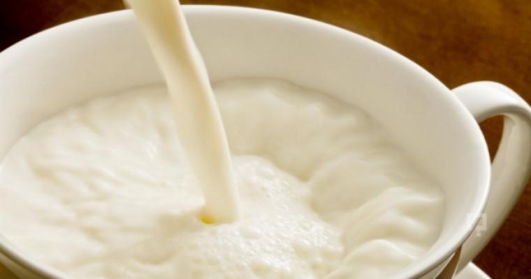 Sahurda süt için uzun süre tok kalın