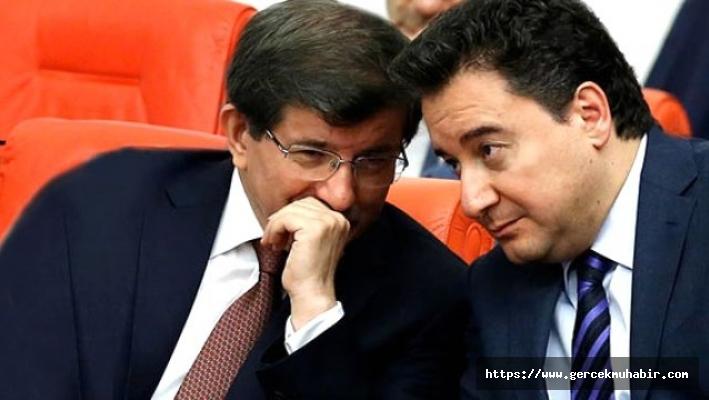 AKP'den siyasi parti üye grup sayısına Davutoğlu ve Babacan ayarı