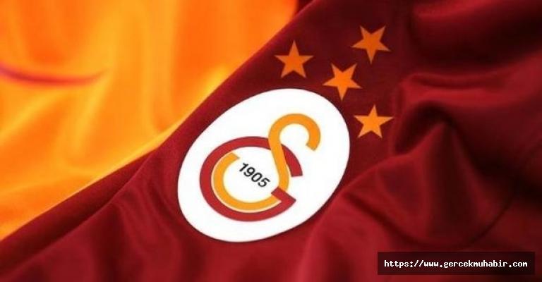Galatasaray 2019/20 sezonu iç saha formasını tanıttı