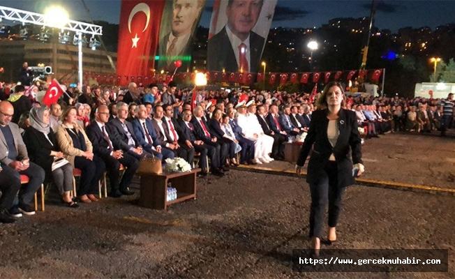 Erdoğan'ın konuşması sırasında protesto: ''CHP'liler ve İyi Partililer programı terk etti''