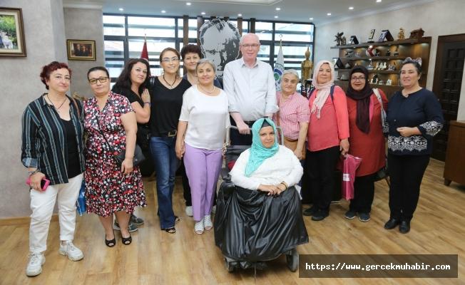 Odunpazarı Kadın Kooperatifi'nden Başkan Kurt'a tebrik ziyareti
