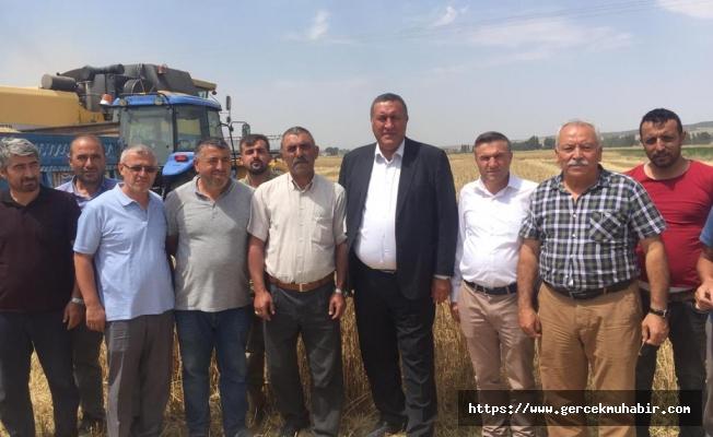 CHP'li Gürer: ''Devletin ofisi ortada yok, çiftçi tüccara mahkum''