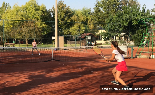 Tenis Şenliği sona erdi