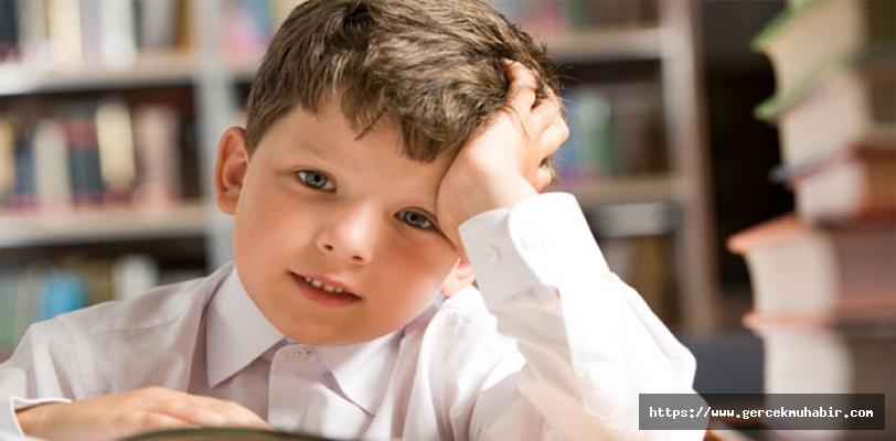 Okulun ilk gününde hem öğretmenlere hem ebeveynlere çocukları rahatlatacak öneriler
