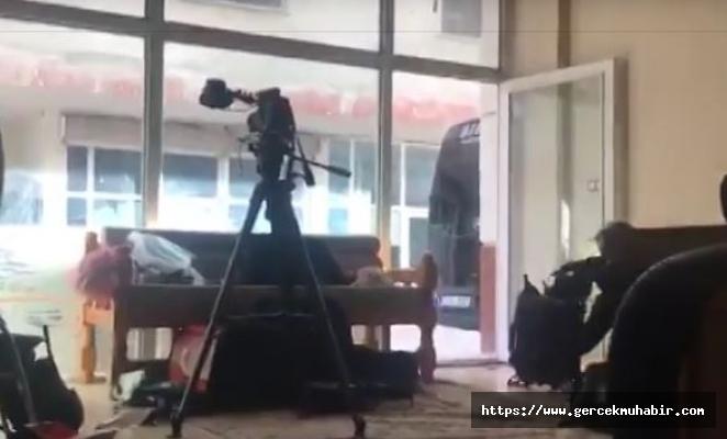 Akçakale'de gazetecilerin kaldığı otelin yakınına havan mermisi atıldı