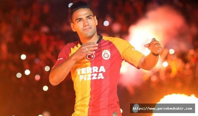 Radamel Falcao'ya Kolombiya Teknik Direktörü Carlos Queiroz'den kötü haber!