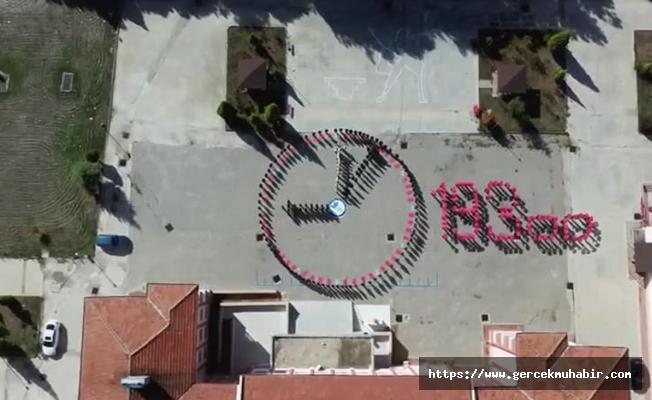 450 öğrenciyle '10 Kasım' koreografisi