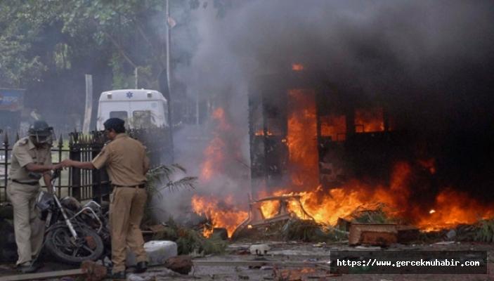Hindistan'da yangın faciası!