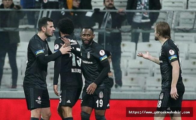 Beşiktaş'ta iki futbolcu arasında gerginlik