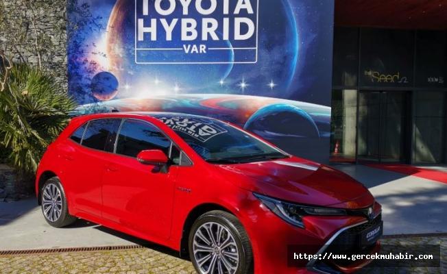 Toyota Yeni Modelini Tanıttı; En Ucuzu 157 Bin 900 Lira