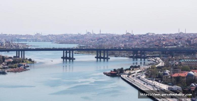 Haliç'in Çamuru Siyasileri Karşı Karşıya Getirdi