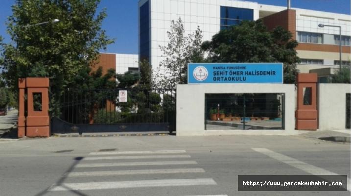 Eğitim-Sen; Manisa'da Koronavirüslü Öğrenci Sınava Girdi, 19 Öğrenci Karantinaya Alındı
