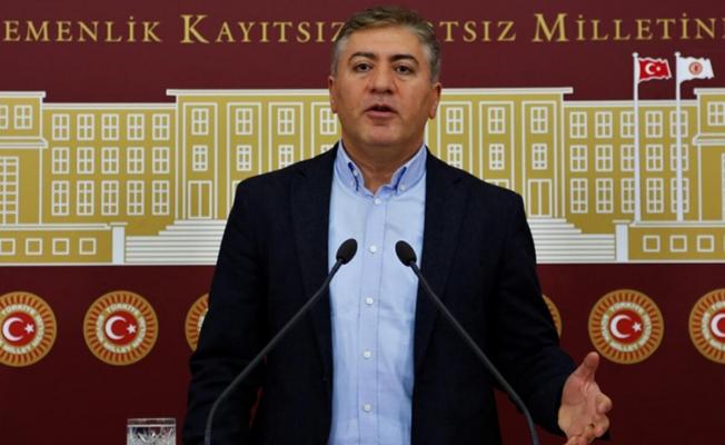 CHP'li Emir: Eğitimcinin geleceği, işletmecinin iki dudağının arasında