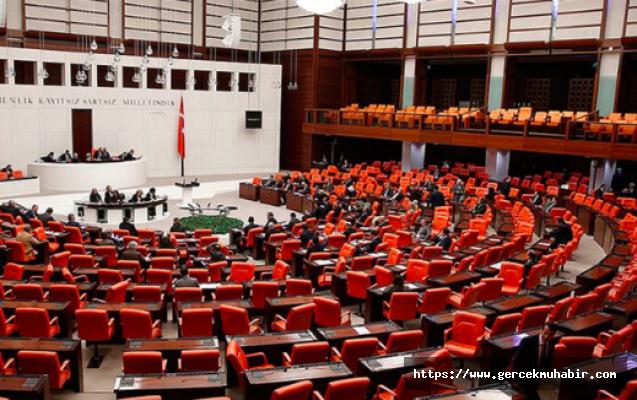 Çoklu baro düzenlemesini içeren kanun teklifi Meclis'te kabul edilerek yasalaştı