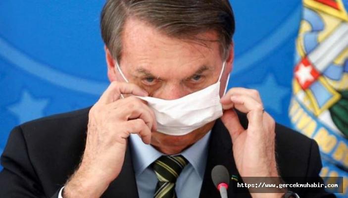 Gazeteciler, basın toplantısında maskesini çıkaran Brezilya Devlet Başkanı'na dava açıyor