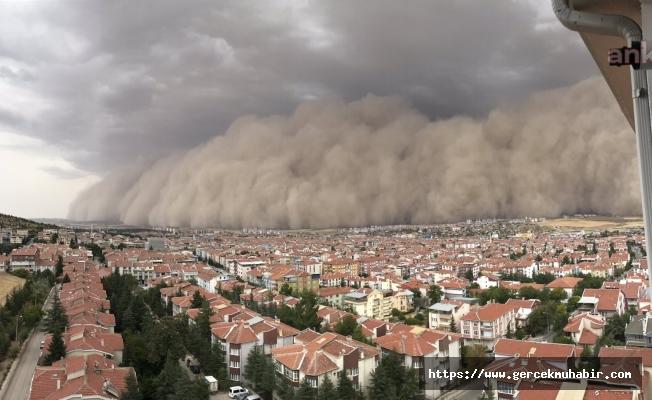 Ankara Polatlı'da Kum Fırtınası Çıktı