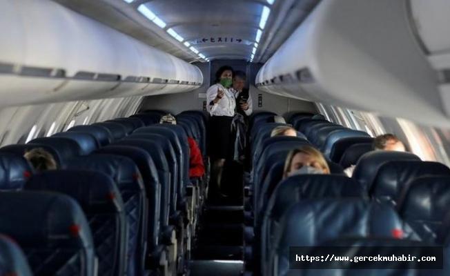 İki araştırmayla kanıtlandı: Virüs uçakta bulaşıyor