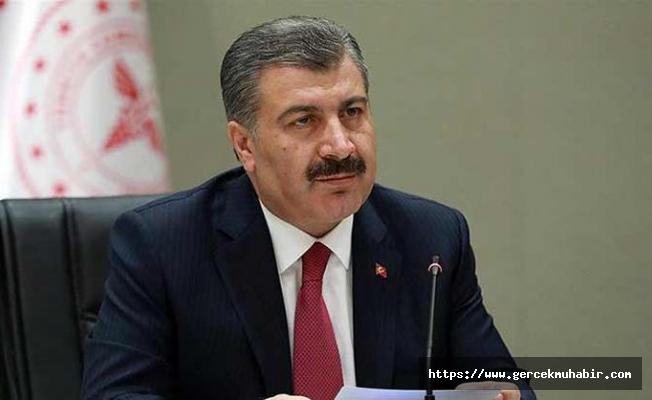 Sağlık Bakanı Koca: 125 binin üzerinde kişinin seyahati riskli olduğu için engellendi