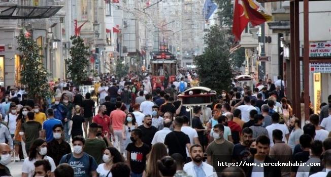 Bilim Kurulu Üyesi Prof. Dr. Akın İstanbul'daki vaka artışını yorumladı: Anadolu'ya yaymıştı, şimdi tekrar topluyor