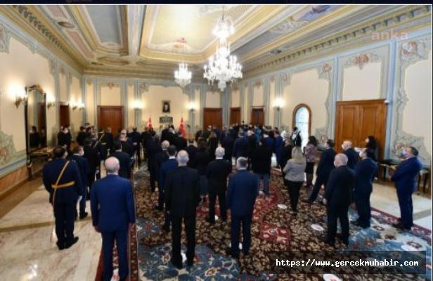 İstanbul Valisi Yerlikaya: Hepimiz Cumhuriyetiz, Cumhuriyetimizin 97. Yılı Kutlu Olsun