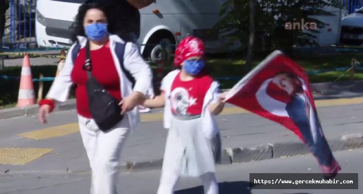 Yurttaşlar Cumhuriyet Bayramı'nda Ata'sına Koştu