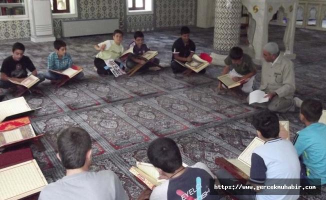 Diyanet salgın dinlemiyor: Kuran kurslarının 23 Kasım itibarıyla yüz yüze eğitime başlayacağını duyurdu
