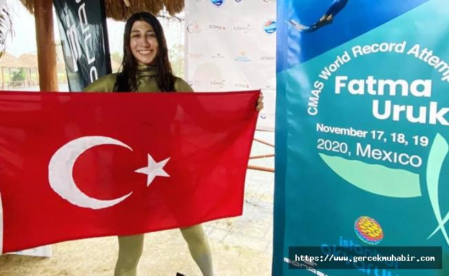 Fatma Uruk'dan dünya rekoru!
