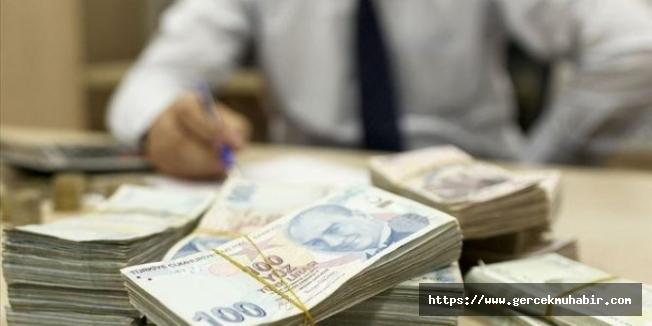 Hazine ilk 10 ayda 244 milyar lira borçlanmaya gitti