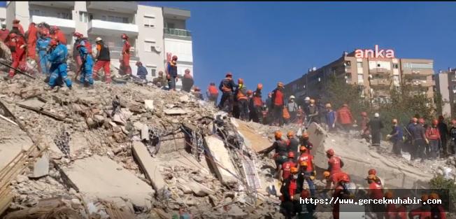 İzmir'de Can Kaybı 107'ye Yükseldi, 1027 Yaralı Var