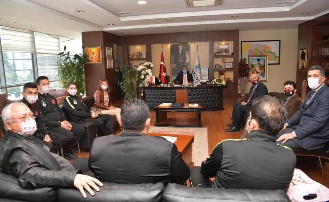 Başkan Çetin sözünü tuttu, hakemler teşekkür etti
