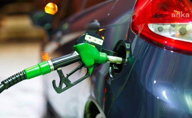 Benzin'e  27 kuruşluk zam