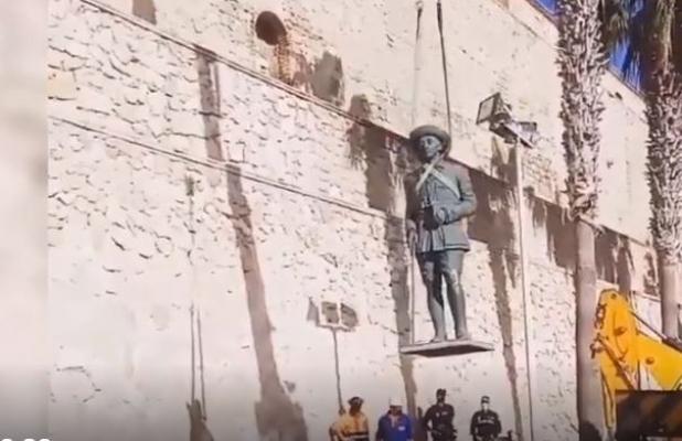 İspanyol diktatör Franco'nun son heykeli de yıkıldı