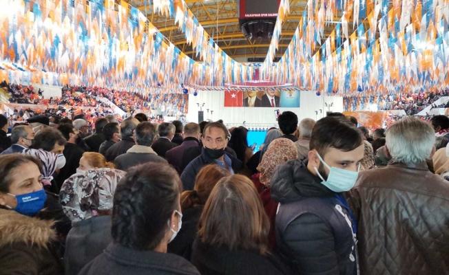 """İzmir Tabip Odası Başkanı Çamlı'dan pandemi kurallarına aykırı AKP kongresi yorumu: """"10 gün sonrası için kaygılıyız"""""""