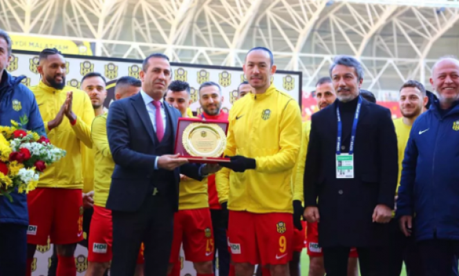 Umut Bulut, Süper Lig'de tarihe geçti