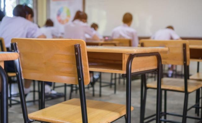 """MEB: """"Yüksek ve çok yüksek riskli illerde 5, 6 ve 7'nci sınıfların sınavları 3 Mayıs'a ertelendi"""""""