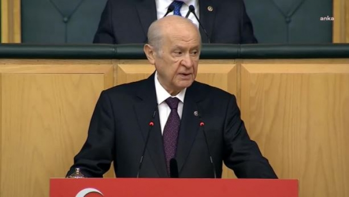 Bahçeli, emekli amirallerin bildirisini CHP'yi hedef yaparak eleştirdi