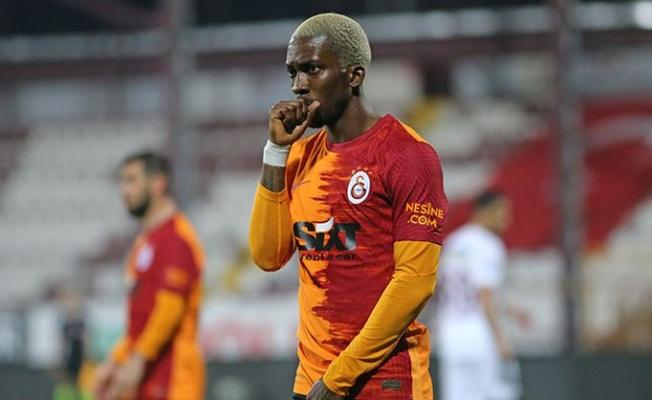 Galatasaray'da bir garip kadro tercihi!