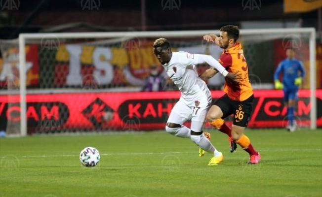 Galatasaray, Hatay'da yara aldı